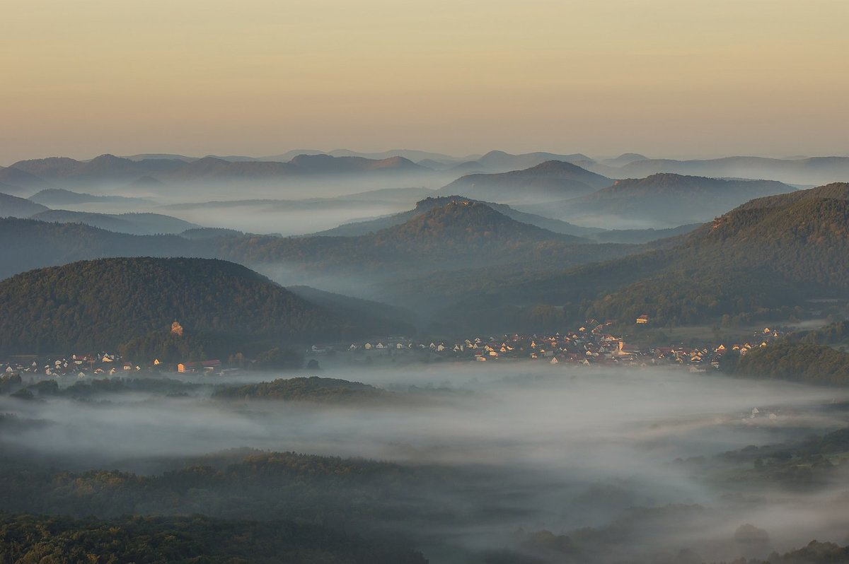 Sonnenaufgang bei Annweiler